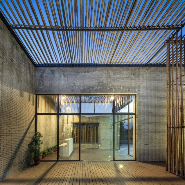 5101688ab3fc4b4e00000010_bamboo-courtyard-teahouse-harmony-world-consulting-design_teahouse_11_reception_area-1000x1000