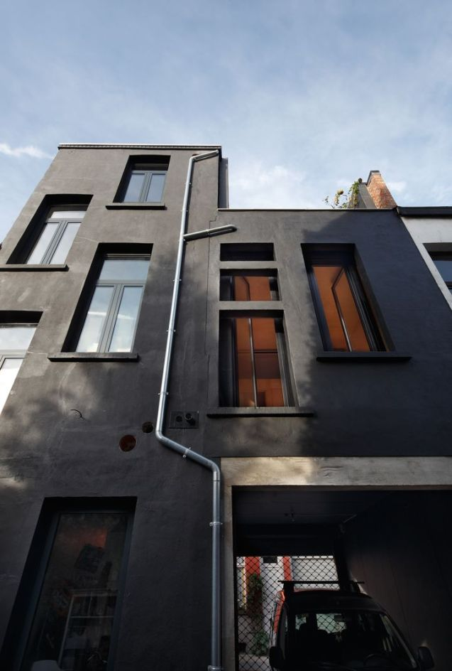 town-house-matrousjka-by-burobill-architects04