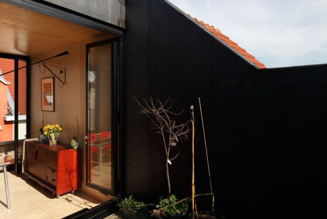 town-house-matrousjka-by-burobill-architects07