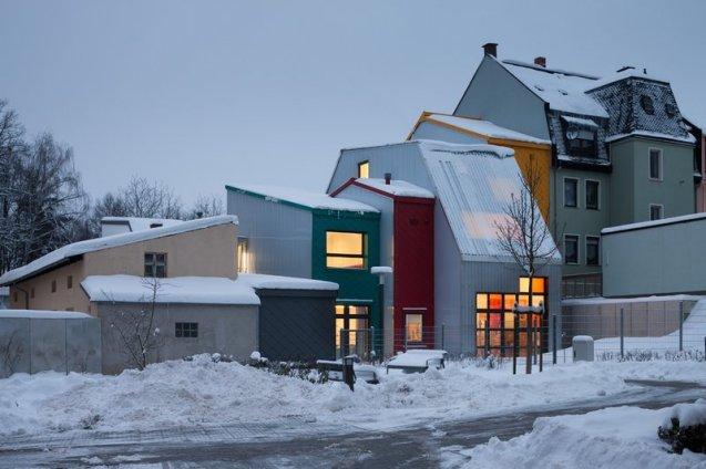 713-23-gutierrez-delafuente-arquitectos-tallerde2-arquitectos-centro-de-dia-para-ninos-haus-der-tagesmutter-en-selb-alemania-selb-ale