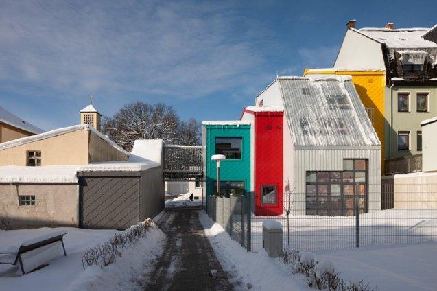713-24-gutierrez-delafuente-arquitectos-tallerde2-arquitectos-centro-de-dia-para-ninos-haus-der-tagesmutter-en-selb-alemania-selb-ale